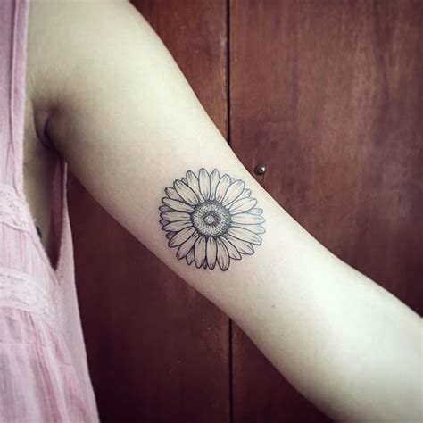 75 beautiful daisy flowers tattoos