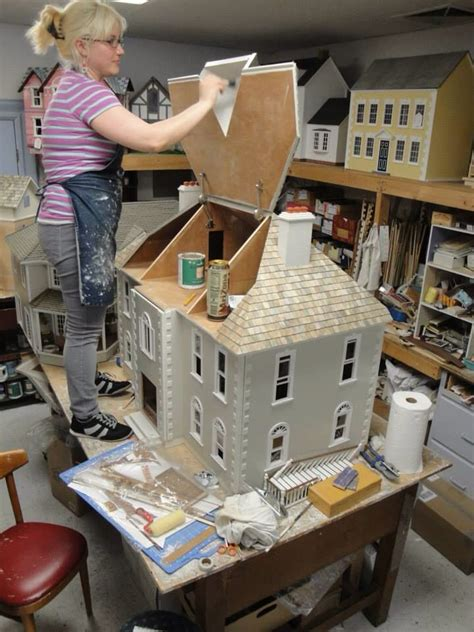 real good toys doll houses amy craigo from lynlott miniatures is putting some mini