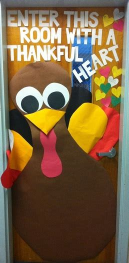 Thanksgiving Door Cover by Fall Door Decoration Ideas For The Classroom Crafty Morning