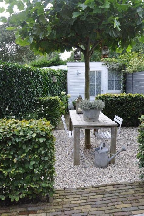 afscheiding tuinen maken 25 geweldige idee 235 n over tuin afscheiding op pinterest