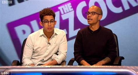 huey rizzle kicks why huey did not react on never mind the