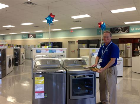 sears home appliance showroom opens in the promenade at