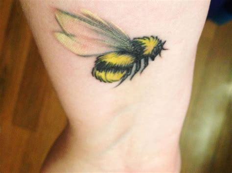 honey tattoo designs 52 best bee design images on bees