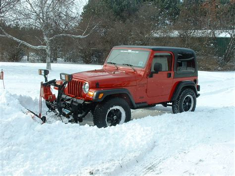 Snow Plow For A Jeep Wrangler Pin Jeep Wrangler Snow Plows On