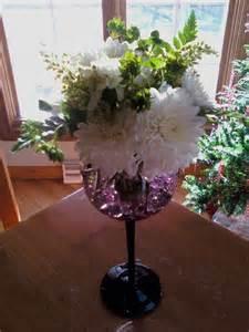 Wine Glass Vase Flower Arrangement by Flower Arrange In Wine Glass Wine Glass Flower