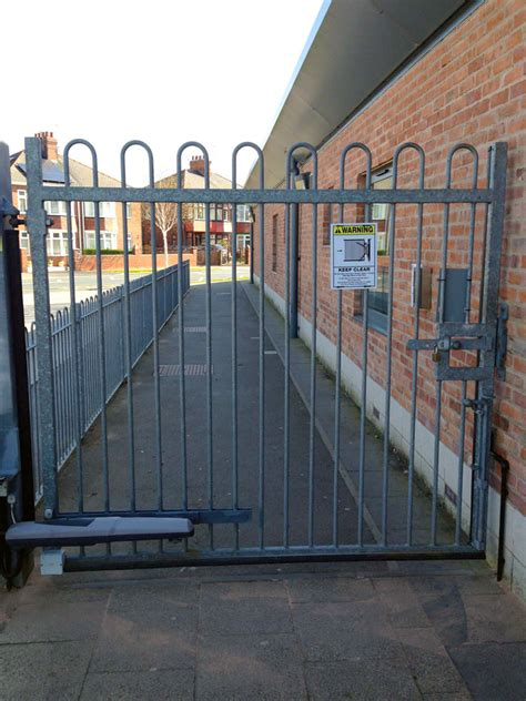 safety gitezcom school pedestrian gate safety ribs