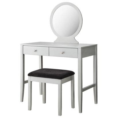 Clearance Bedroom Vanity Sets by 25 Best Ideas About Bedroom Sets Clearance On