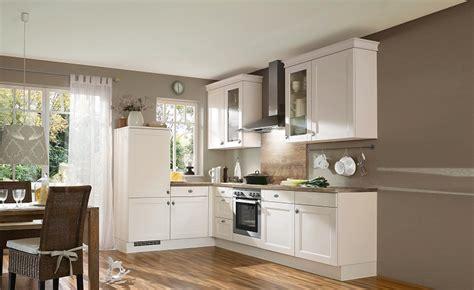 arredare cucinino arredare cucinino come arredare un soggiorno piccolo con