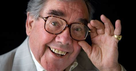 famous people di ed 2016 ronnie corbett sold 163 1 3million mansion he called home