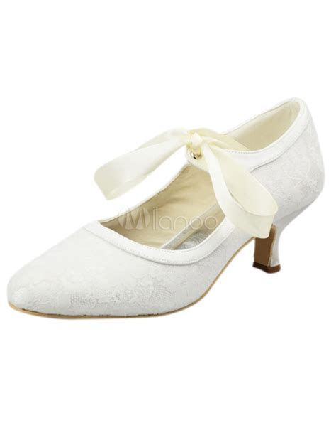 Lace Up Bridal Shoes by 結婚式シューズ サテン レース ホワイト Milanoo Jp
