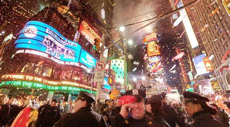 new year sales new york new year celebrations images new york 2004 hd wallpaper