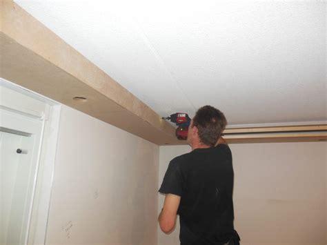 koof in woonkamer koof in de woonkamer met ingebouwde spotjes demaklussen
