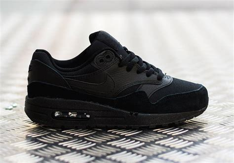 nike air max 1 gs quot black quot sneakernews