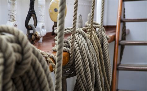 boat knots to know the 6 basic sailing knots you need to know ventura sport