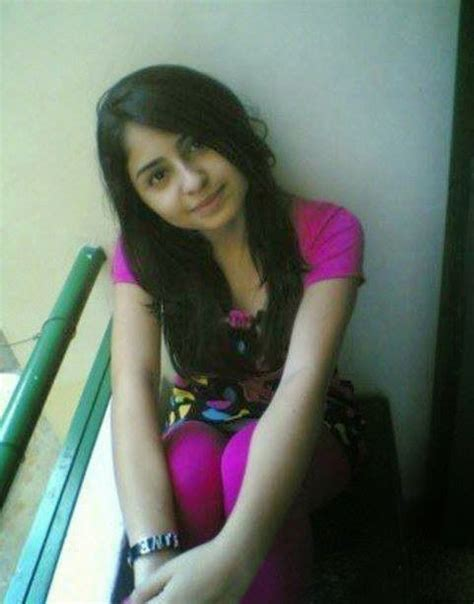 20 years old pakistani girls pictures girls pictures desi girls wallpapers and mobile numbers binafisha badrii