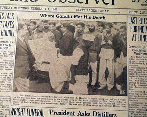 mahatma gandhi funeral cremation e5jcprl4lny mahatma gandhi s and funeral rarenewspapers