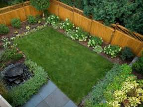 Landscaping Mulch Ideas 13 Mulch Tips For Fall Hgtv