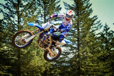 motocross pro try a yz450f on the yamaha mx pro tour mcn