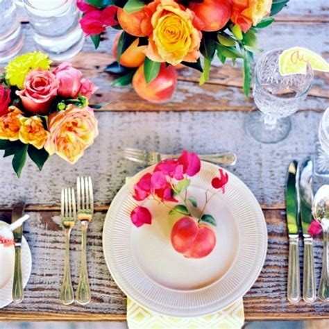 summer decoration ideas to make your own for your garden make your own table decorations flowers and fruits bring