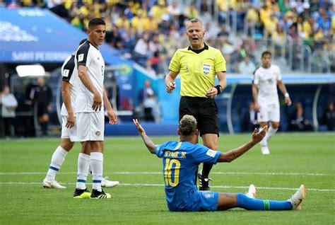 brasil x costa rica neymar joga bola no ch 227 o ao reclamar