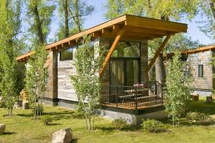 Cabin Designs Great Space Optimization In Lovely House On Wheels The Wedge Cabin Freshome