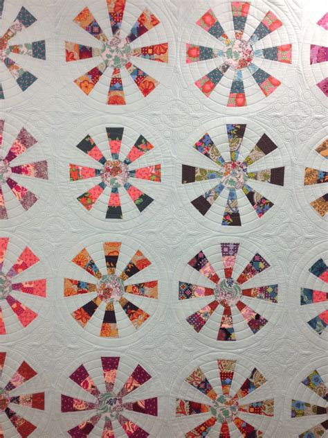 Merry Go Quilt Pattern by Merry Go Ginabeanquilts