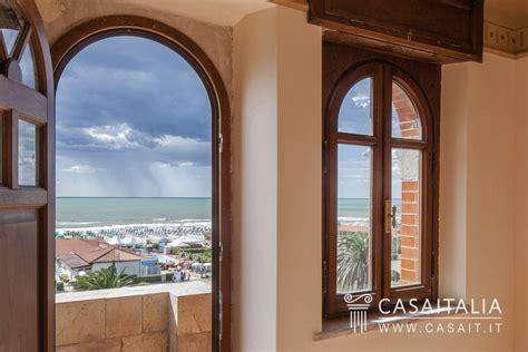 vendita appartamenti mare toscana villa liberty vista mare a viareggio