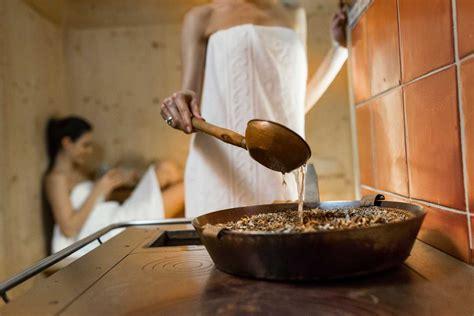 donne al bagno turco sauna hotel angelo a ortisei