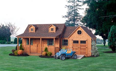 8 x12 new play house custom barns and buildings