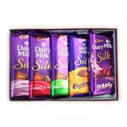 Crackle Vases Glass Cadbury Dairy Milk Silk Gift Pack 688 Gms Buy Cadbury