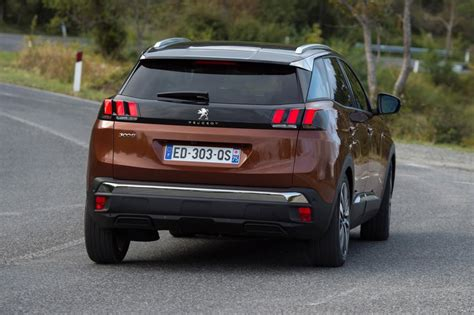 peugeot jeep 2016 peugeot 3008 2017 elegido como el european car of the