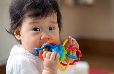 how to comfort a teething baby how to soothe a teething baby healthy essentials 174