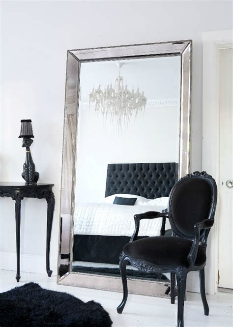 Mirror Decor In Bedroom by Floor Mirrors The Essential Of Master Bedroom Interiors