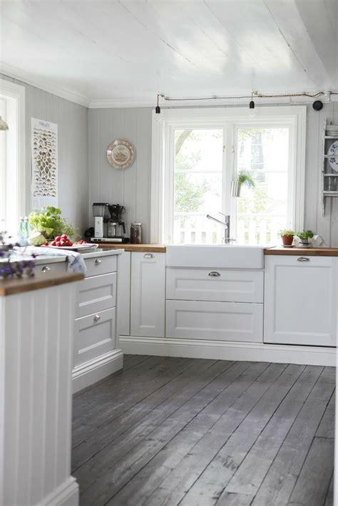 floors white cabinets kitchen grey floors white cabinets kitchen floor