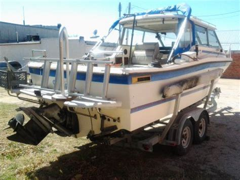 Bayliner Cabin Cruiser For Sale by 1987 24 Foot Bayliner Cabin Cruiser Power Boat For Sale In
