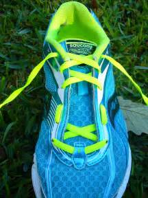 how to tie shoes for running running shoe lacing techniques breathlessrunner