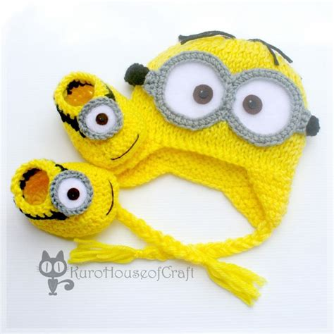 knitting pattern minion despicable me crochet baby hats minion baby hat booties dave lance