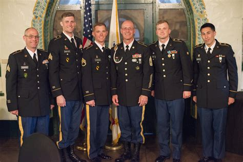 dunford chooses korea based sergeant major as next senior us military rank insignia chart enlisted edgrafik
