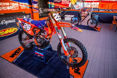 troy lee design graphics ktm inside alex martin s tld red bull ktm 250sxf fant files