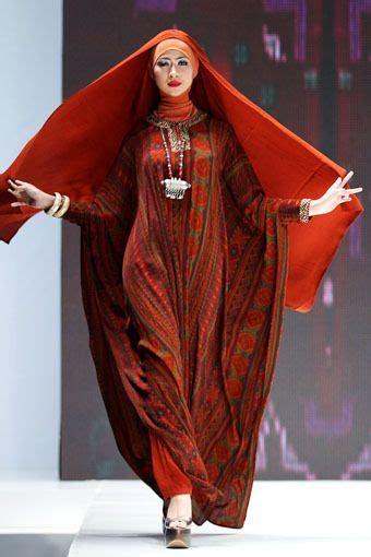 Kaftan Gamis Abaya Syar I Anak 3 ida royani quot west to east quot indonesia islamic fashion fair 2013 fashion