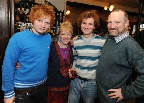 Ed Sheeran Family | 27 ed sheeran facts you probably didn t know until now