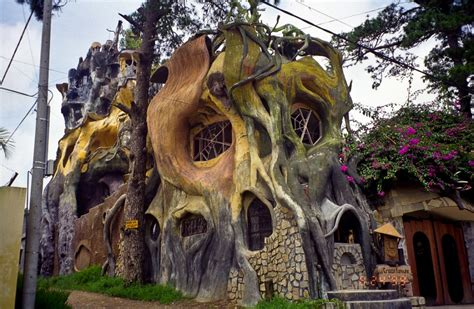 crazy houses 20 of the most unique homes ever built pics matador