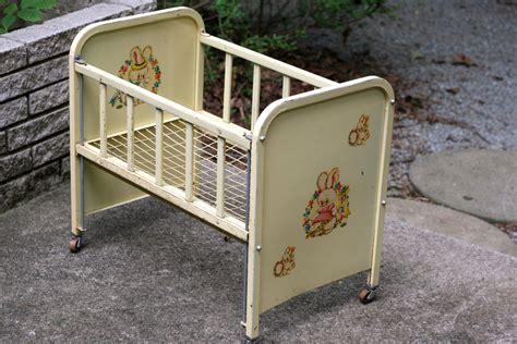 Vintage 1950 S Amsco Metal Doll E Crib Cream With Rare Antique Baby Cribs For Sale