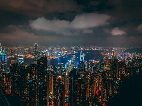 secret tip  visiting hong kongs  peak