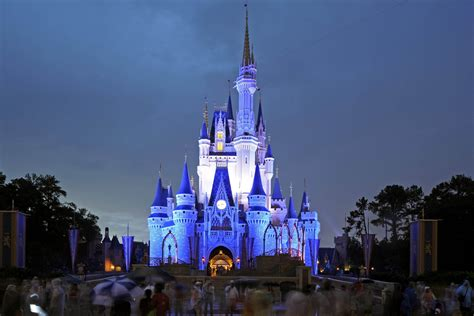 themes park disney walt disney world the most popular theme park of 2012