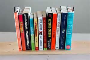 Simple Bookshelves Designs Estanter 237 A Para Libros Invertida Gu 237 A De Manualidades