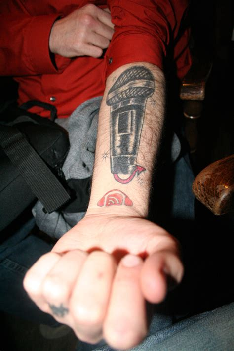 microphone tattoo on wrist 25 amazingly creative tattoos inspired by music