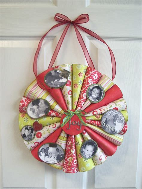 Paper Wreath Craft - scrapbook paper projects inspireme crafts