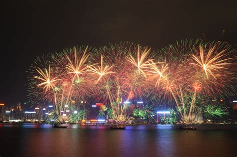 new year 2018 hong kong events countries around the world welcome new year 2018