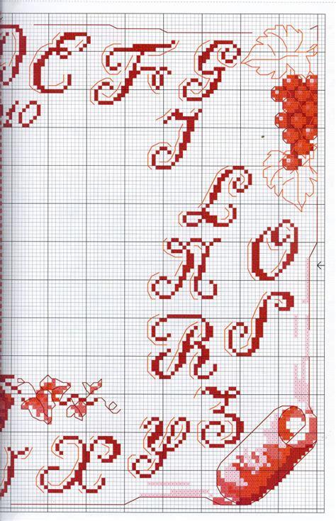 lettere minuscole punto croce delicato alfabeto punto croce con lettere rosse e uva da